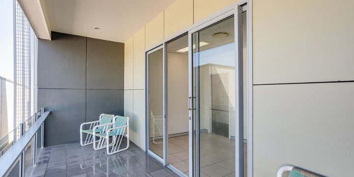 Homeowner Benefits for Using Privacy Film Glass
